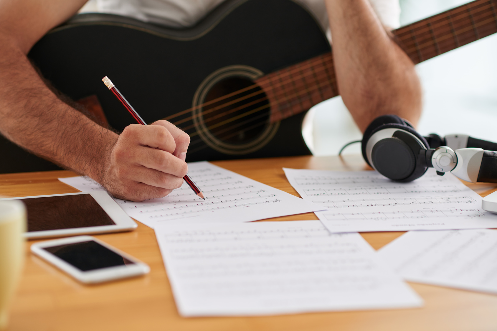 write music Music cvs are similar to other cvs, except that they focus specifically on music a properly formatted and well-written music cv can increase your chances of getting the call for a job interview write your name and contact information in the top center area of the page.